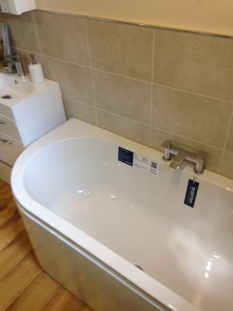Carron status left handed carronite bath 1600 x 725mm for J b bathrooms wimborne